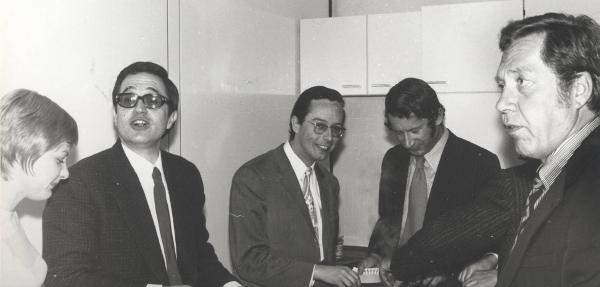 50. Geburtstag von Prof. Pfeiffer am 10. April 1972 in Ulm Raptis, Mayer, Schatz, Pfeiffer senior (von links)